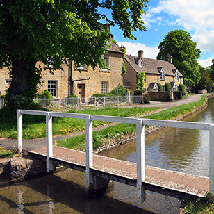 Cotswolds Lower Slaughter shutterstock_55275865_x308