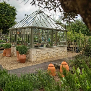Burford_Greenhouse_DSC03564-Edit-Edit