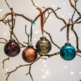 Large Isala Hammered Glass Baubles – Mixed Colours