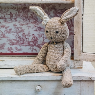 Kenana Knitters Ditsy Rabbit - beige option