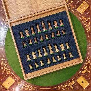 Luxury Traditional Wooden Chess Set