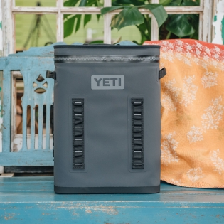 Yeti Hopper Backflip Cooler 24