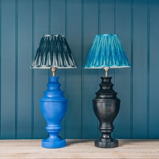Draycott Table Lamp in Smalt Blue