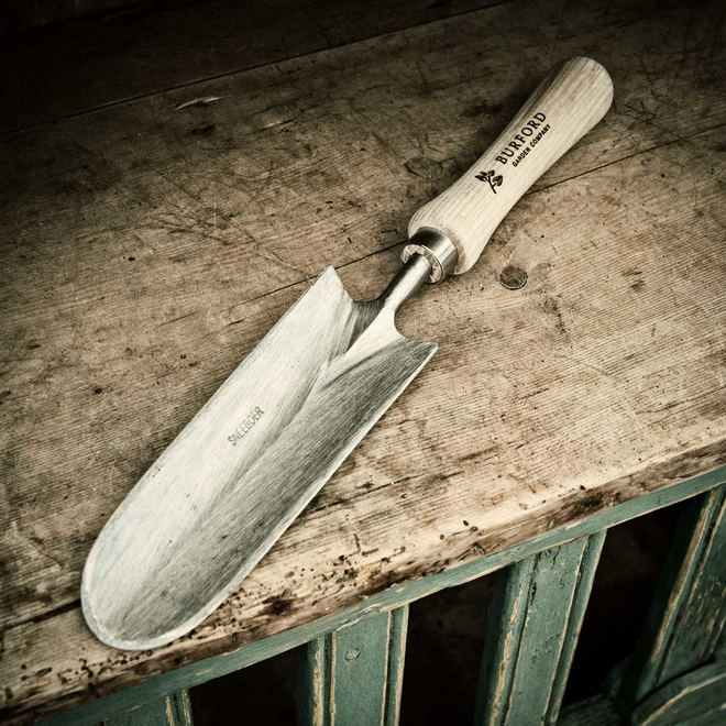Great Dixter Trowel