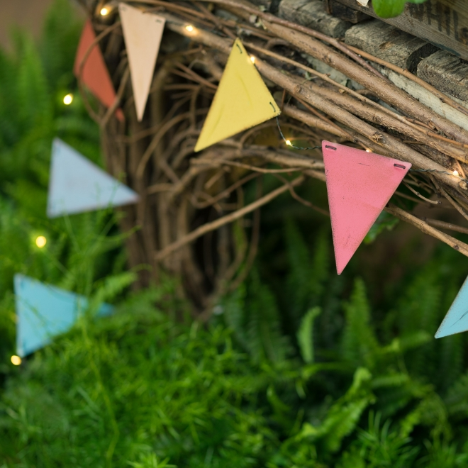 Outdoor LED Lights - Multicoloured Bunting
