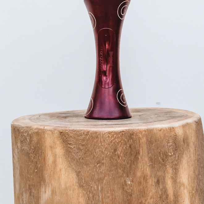 Portable Natural Speaker Mango Wood Dark Red Arabesque Small