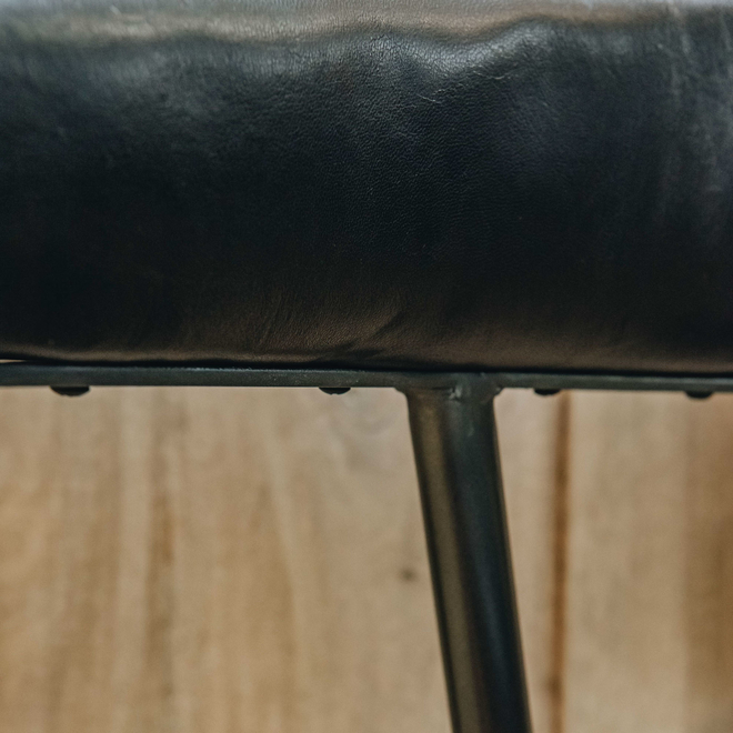 London Black Leather Chair