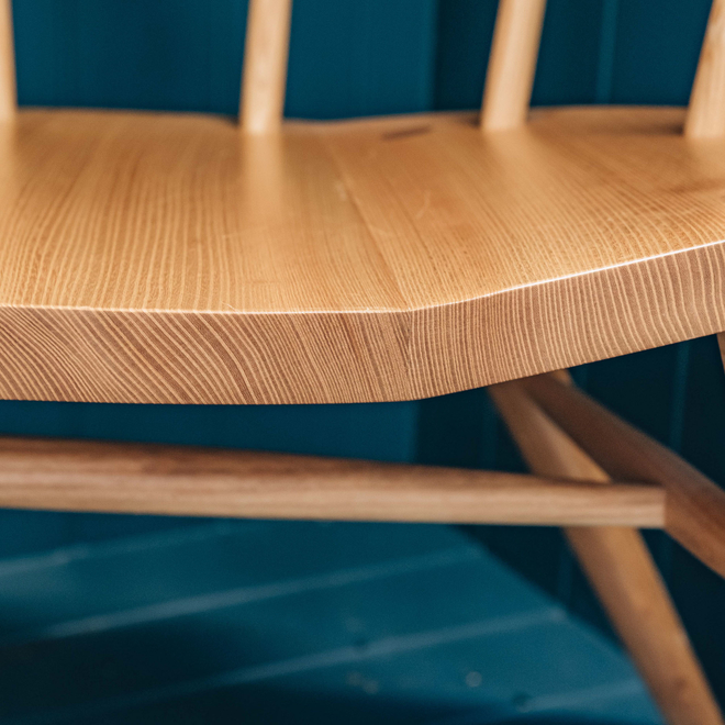Devon Contemporary Armchair in Ash and Elm (detail of grain of seat)