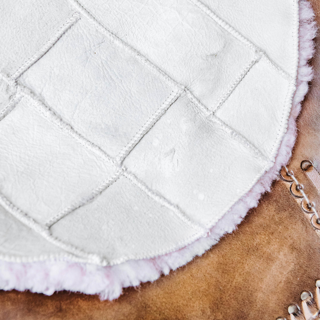Gry Patchwork Shorthaired Sheepskin Rug Pink reverse