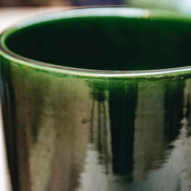 Emerald Green Glazed Oak Vase detail