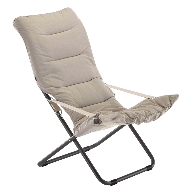 White/Beige Fiesta Soft Padded Relaxer Chair