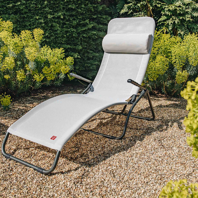 White/Beige Samba Rocker Lounger Sun Chair