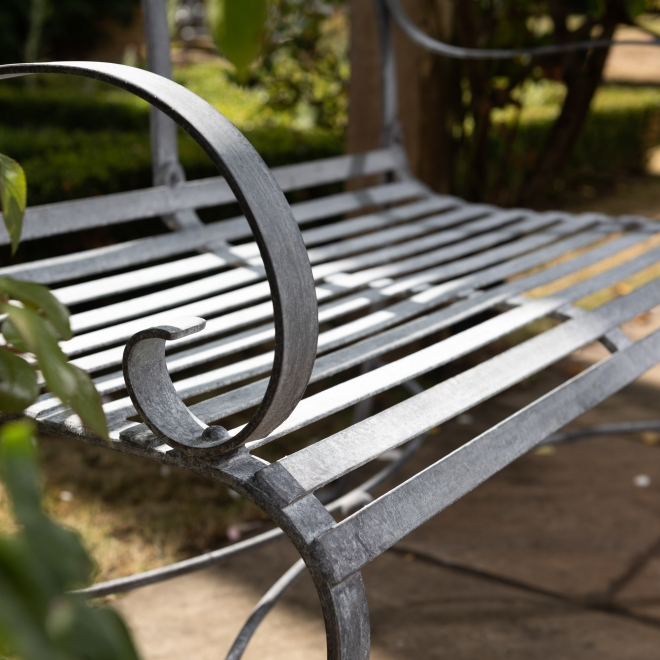 2-Seater Bench detail