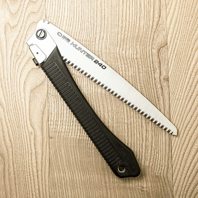 Japanese Folding Saw Bakuma Hunter 240