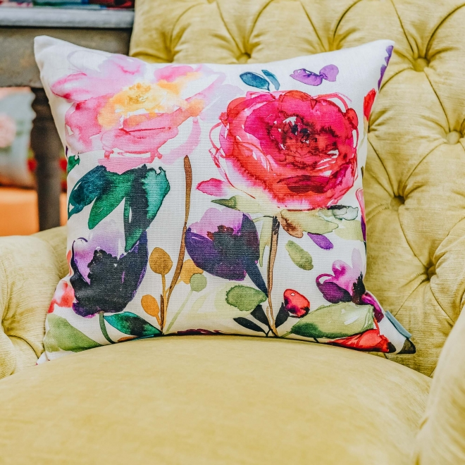 Red Rose Ecru Cushion