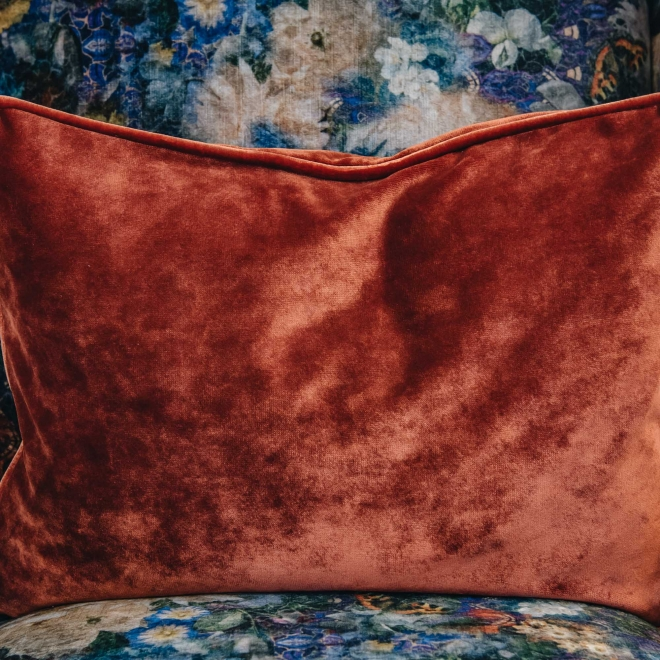 Crawford Armchair Royal Garden Sapphire, detail of Opium Amber cushion