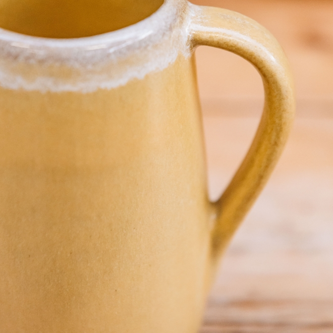 Aveiro Stoneware Small Jug - Yellow, detail