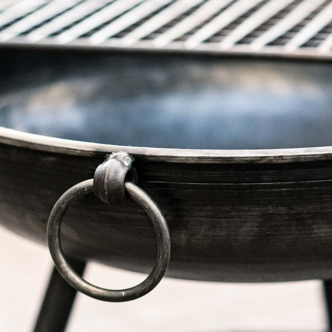 Classic Fire Pits with additional BBQ rack