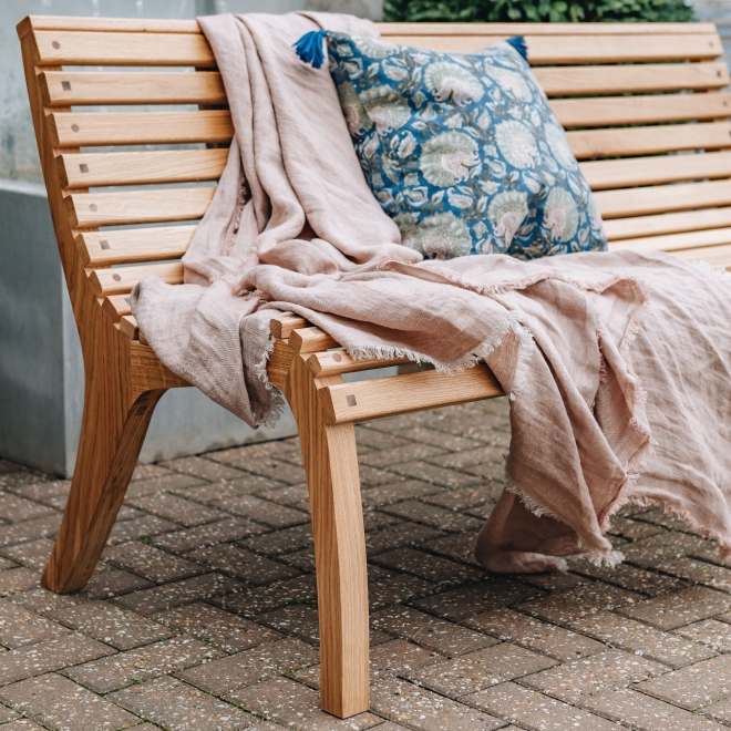 Trombé Bench by Chris Eckersley - curved design