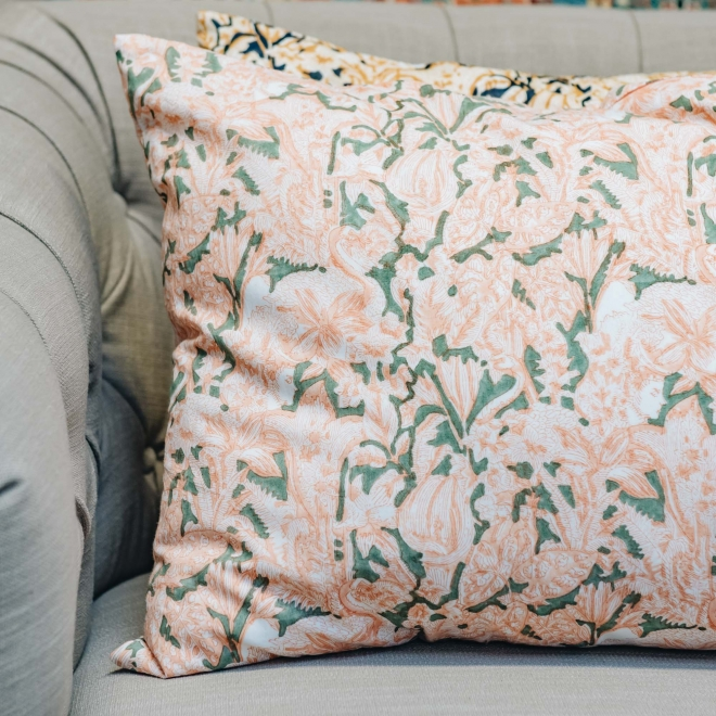 Cosmic Cushion nude Pink on Sage Green - Detail
