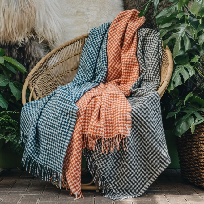 Burford Houndstooth Throws