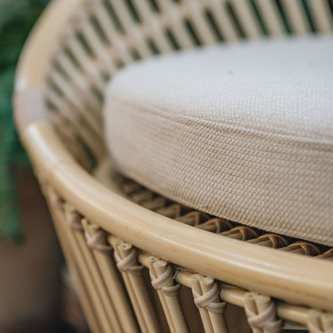 Olympia Nest Seat - Seat Detail