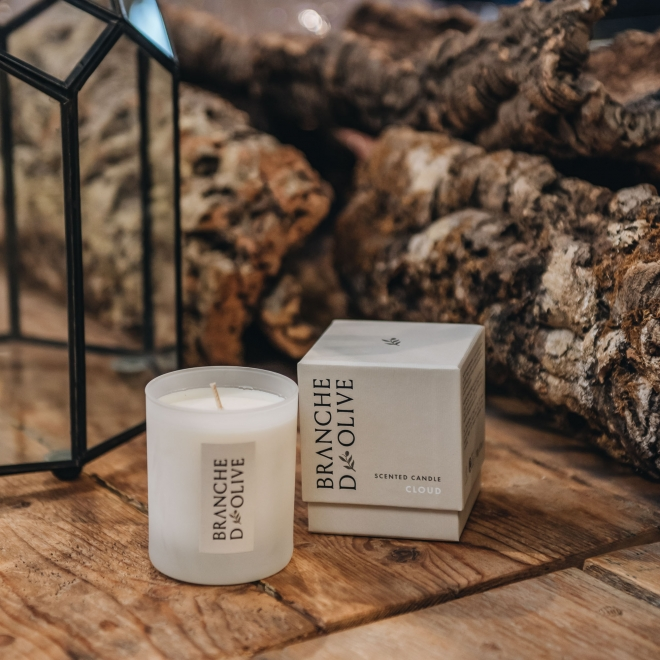 Cloud Branche d'Olive Candle with Box