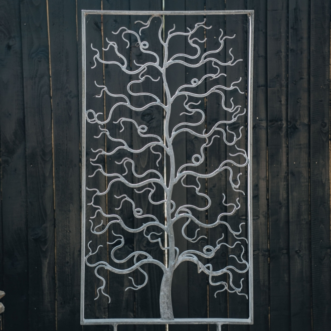 Christopher Townsend: Tree Screen, detail of tree
