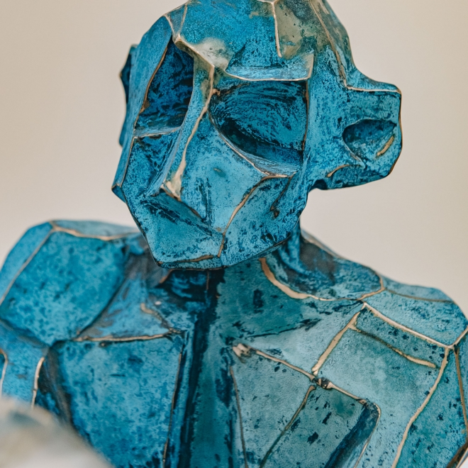 Gary Betts: Blue Figure with Orb, detail of head
