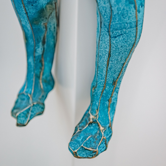 Gary Betts: Blue Figure with Orb, detail of legs
